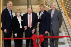 Pickens cutting YMCA ribbon 2009